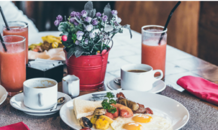 1 MINUTE MATTERS: HOW BRUNCH WAS INVENTED & OTHER FACTS TO IMPRESS YOUR FRIENDS
