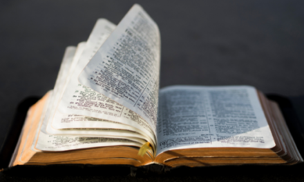 1 MINUTE MATTERS: 8 REMARKABLE FACTS ABOUT THE BIBLE
