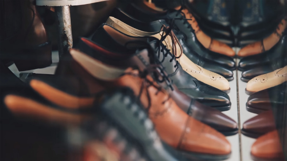 1 MINUTE MATTERS: why YOU SHOULD KEEP YOUR SHOES CLEAN